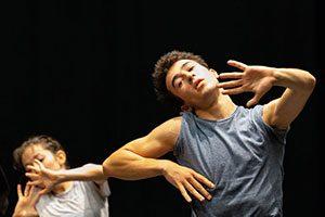"""Tanz-Performance von Ohad Naharin @ <a href=""""http://www.cityflyer.at/listing/festspielhaus-st-poelten/"""">Festspielhaus St. Pölten</a>"""
