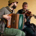 Die Mundart-Band Opfekompott am Höfefest 2019 im Turek-Hof. Foto @ Claudia Zawadil für den City-Flyer