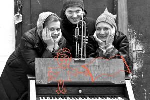 Astrid Walenta & Band (ab 4) @ Bühne im Hof