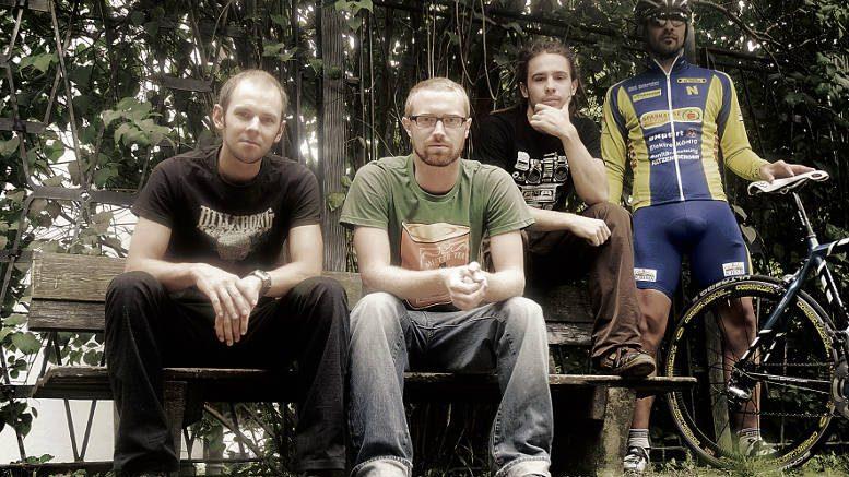 v.l.n.r.: Andreas Podlesnik, Robert Trömer, Lukas J. Löcker und Benjamin Zeilinger vom Kulturverein Clubhaus. Foto © eliot.arts08, z.V.g.
