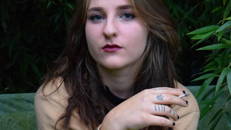Lena Schmaldienst aka Lucifers Mum: meine Songs spiegeln meine Gefühlswelt wider Foto: Manuela Permoser, z.V.g.